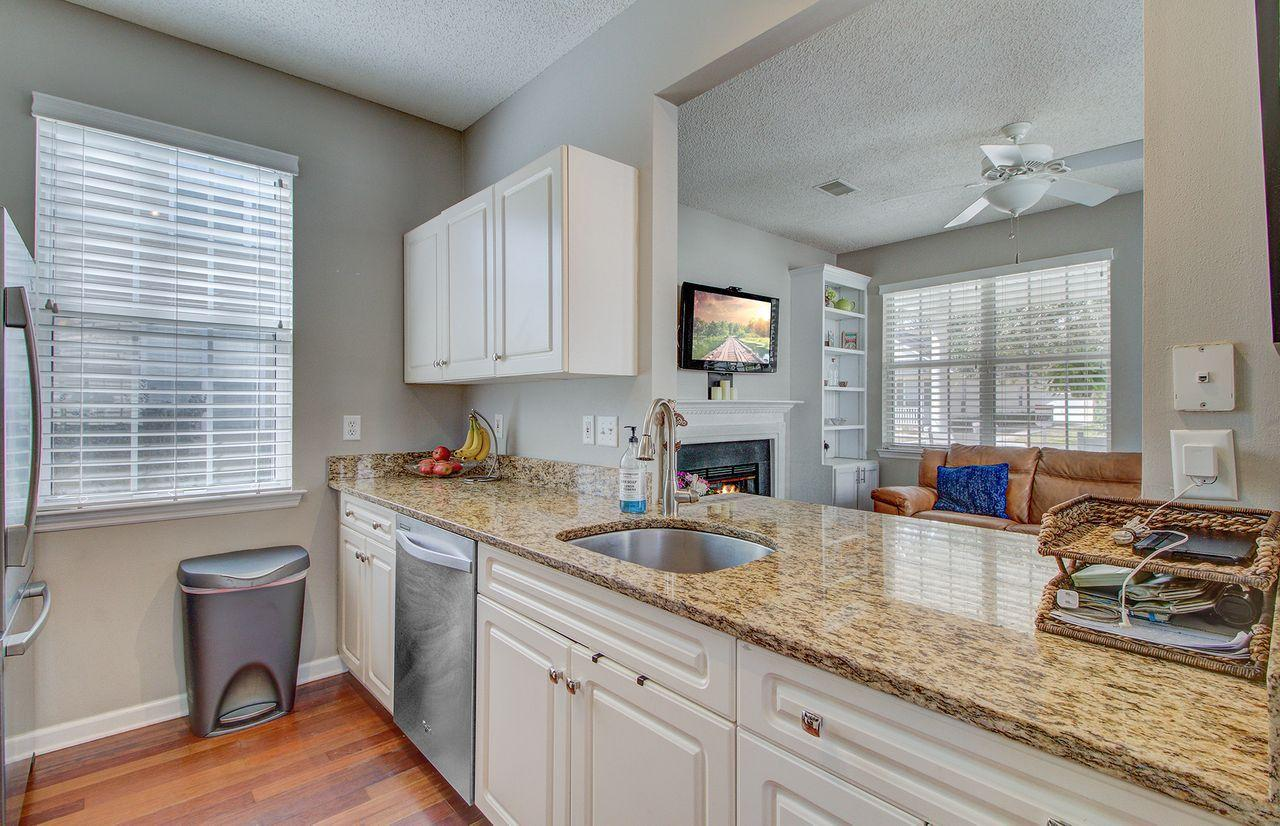 Chadbury Village Homes For Sale - 2425 Fulford, Mount Pleasant, SC - 10
