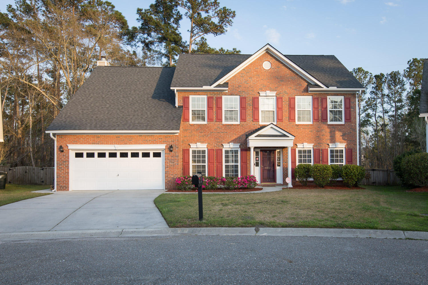 9451 Harroway Road Summerville, Sc 29485