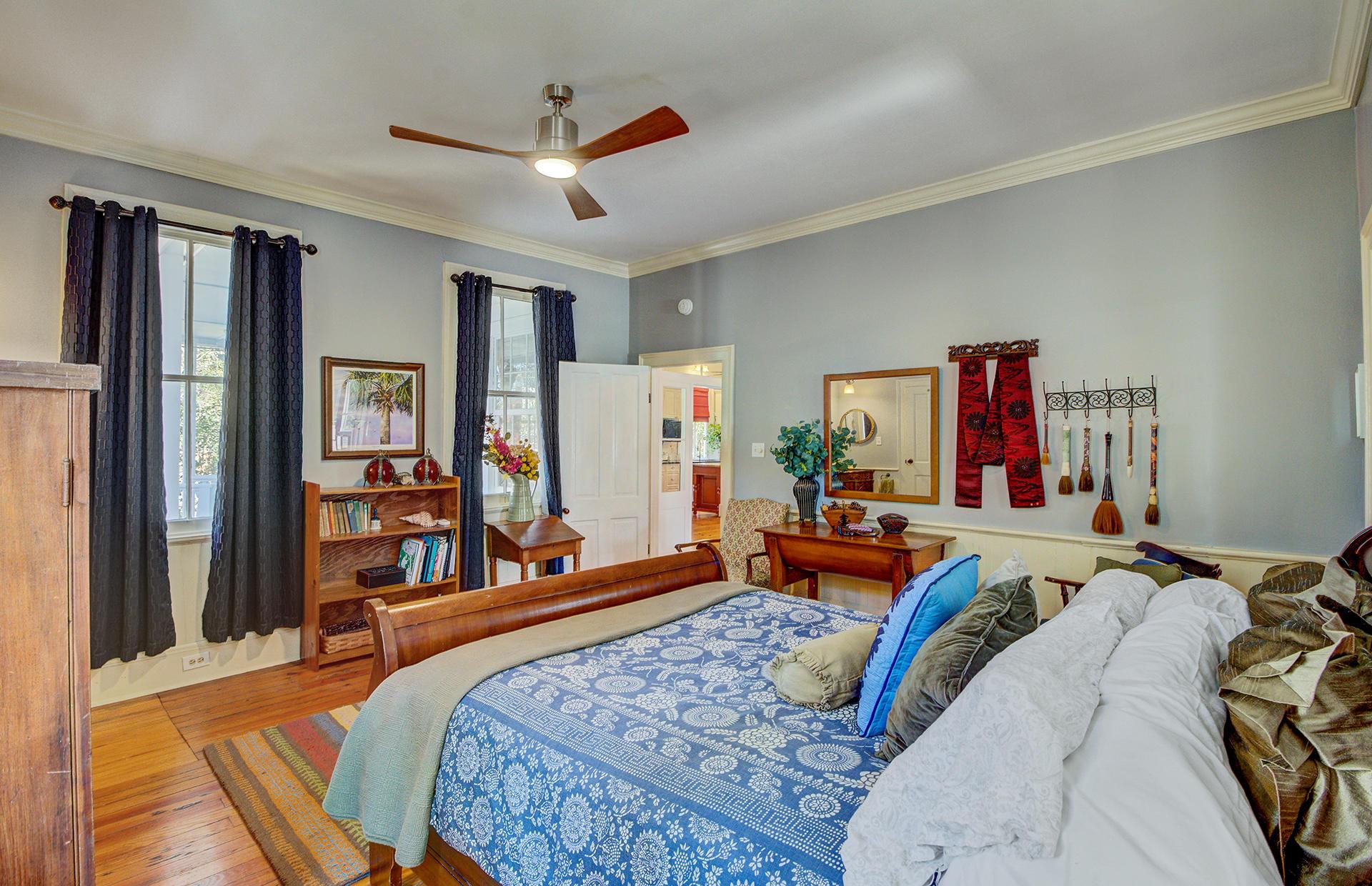 112 S Magnolia Street Summerville, SC 29483