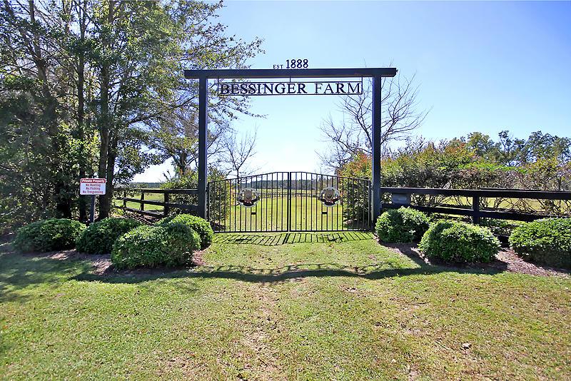 728 Zion Church Road Orangeburg, SC 29115