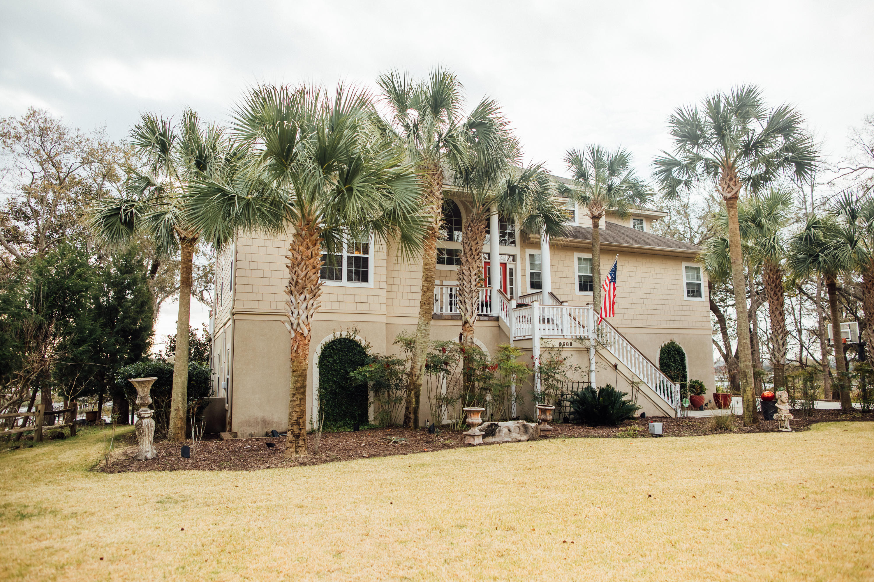 5688 Captain Kidd Road Hollywood, SC 29449