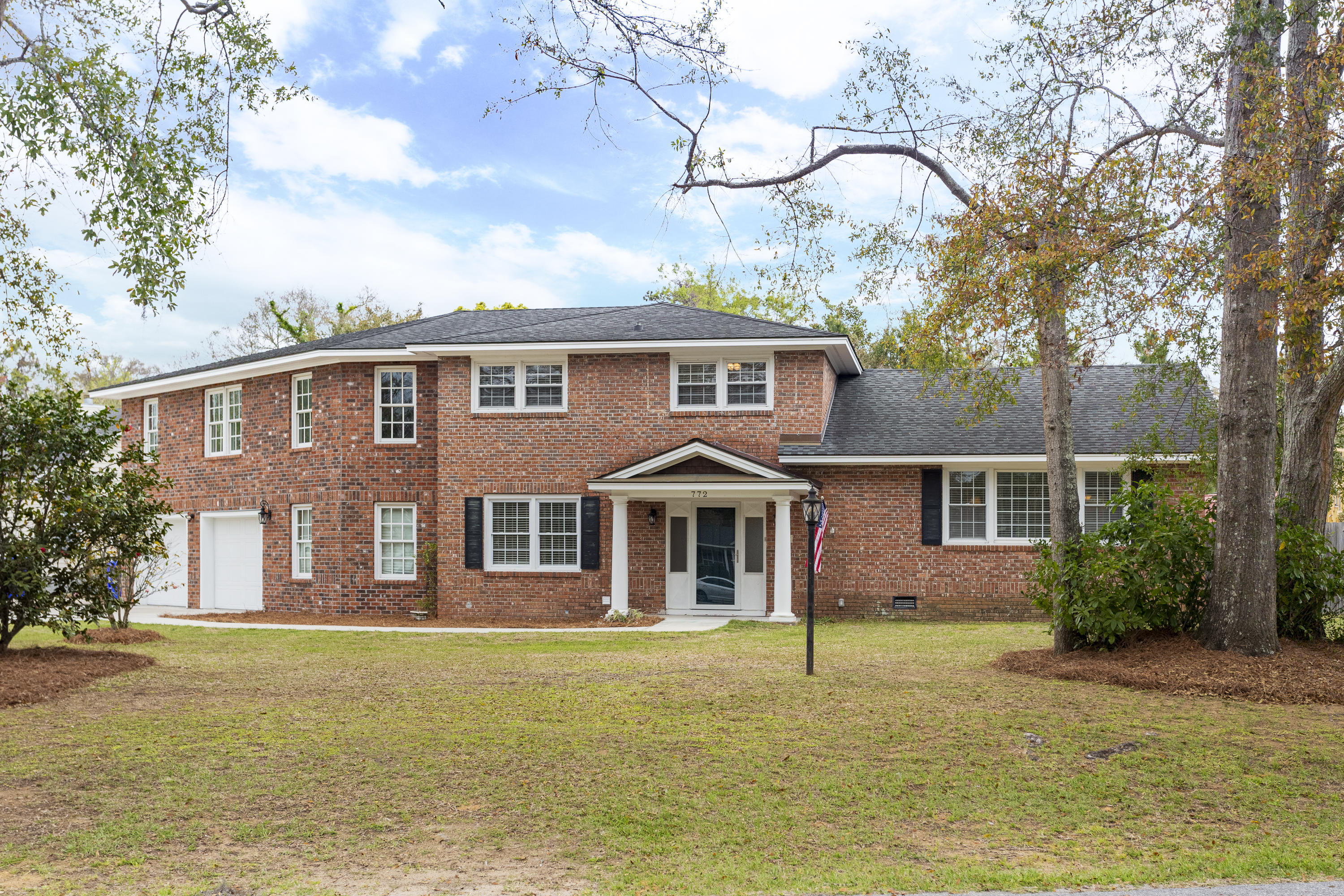 772 Brown Drive Charleston, SC 29412