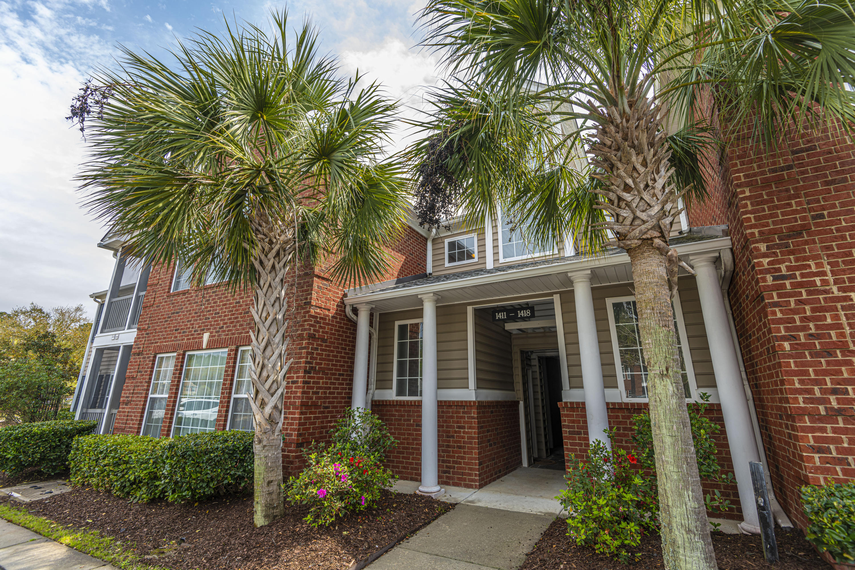 1411 Belcourt Lane Mount Pleasant, SC 29466