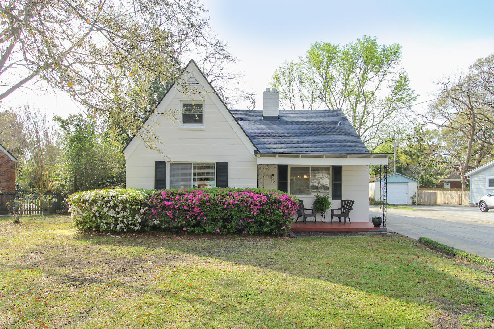 13 Riverdale Drive Charleston, SC 29407