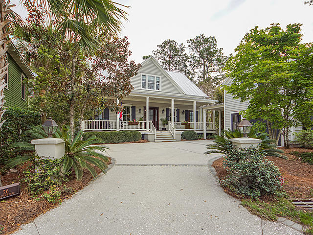 26 Hopetown Road Mount Pleasant, SC 29464
