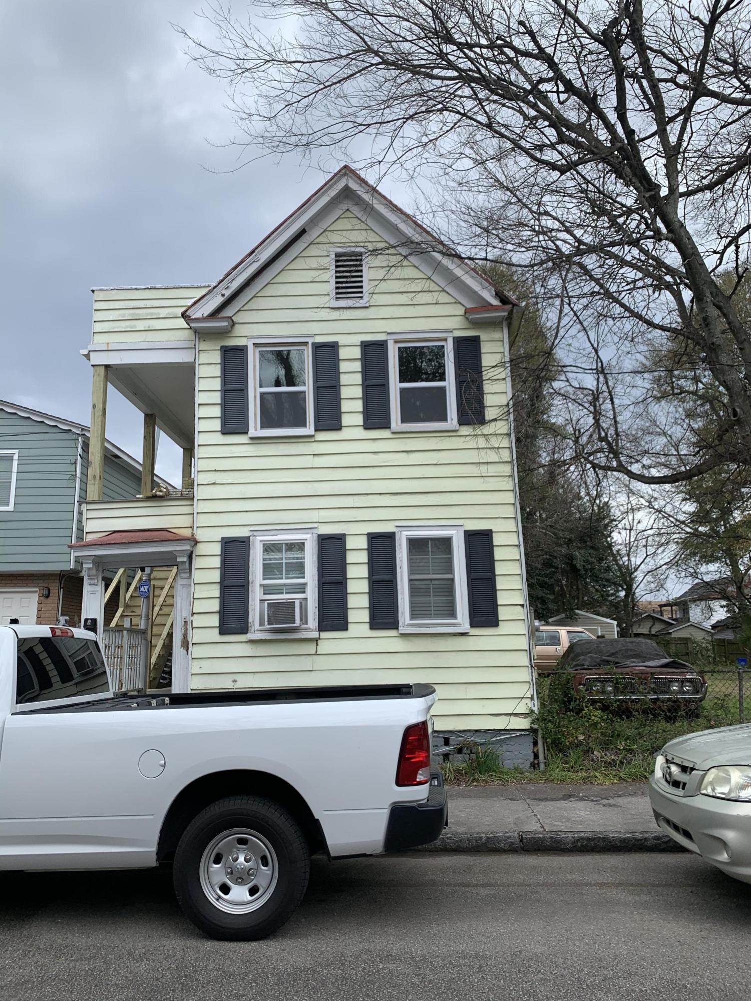 42 Ashton Street Charleston, SC 29403