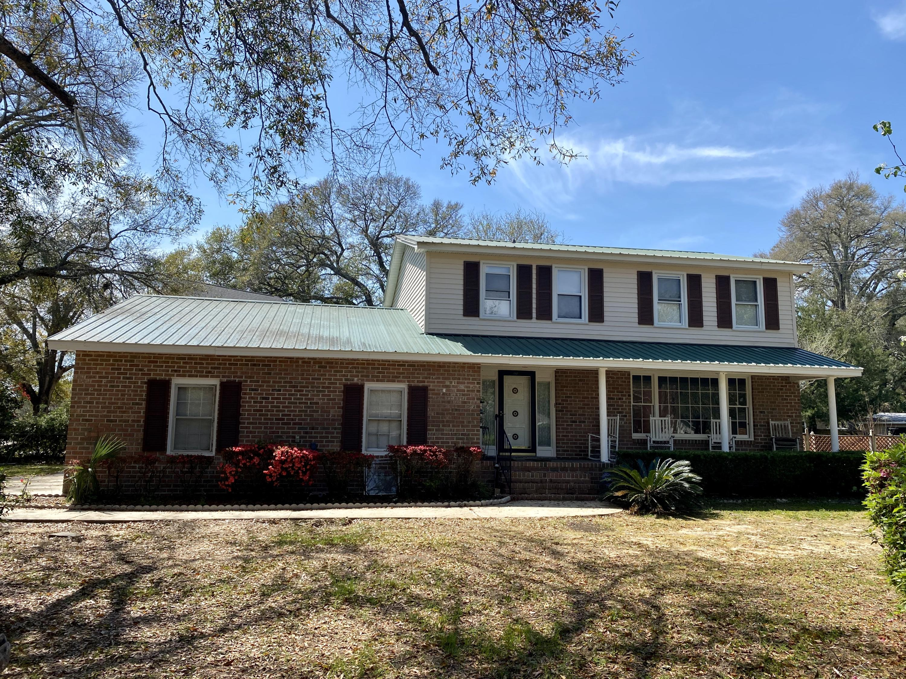 1307 Wicks Avenue Charleston, SC 29412