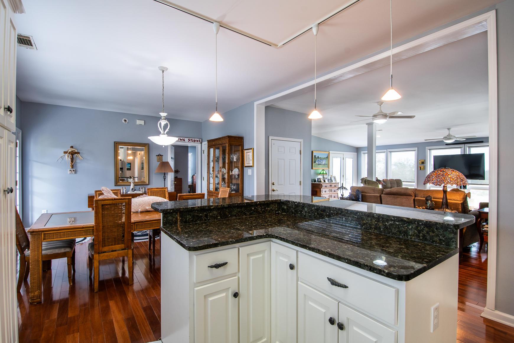 Copahee View Homes For Sale - 1464 Lieben, Mount Pleasant, SC - 8