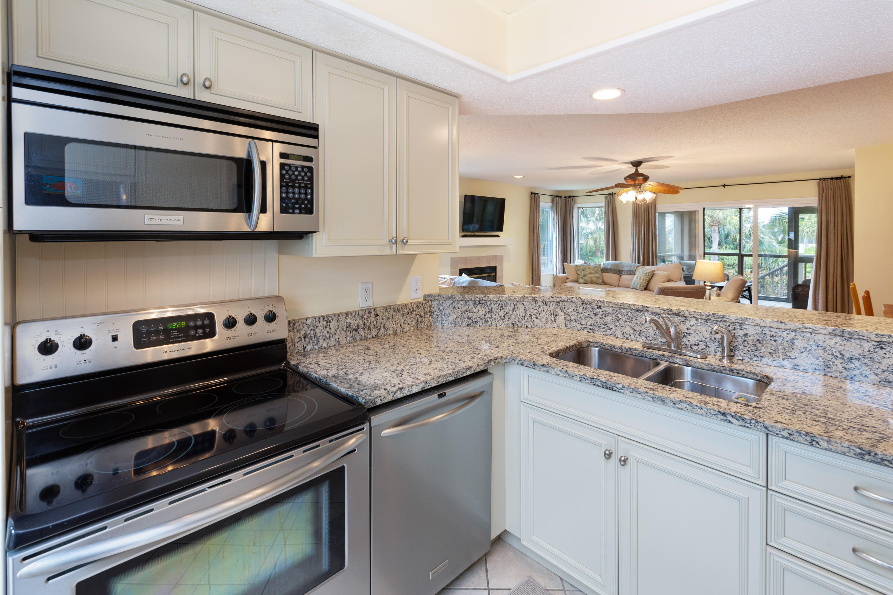 Wild Dunes Homes For Sale - 401 Yacht Harbor, Isle of Palms, SC - 12