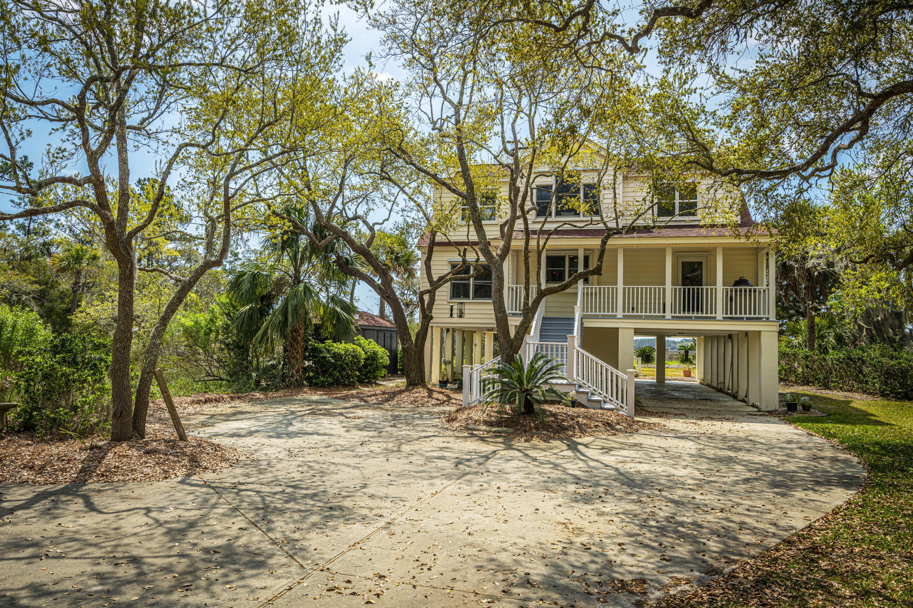7859 Russell Creek Road Edisto Island, SC 29438