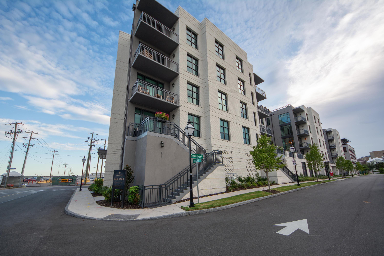 5 Gadsdenboro Street UNIT 306 Charleston, SC 29401