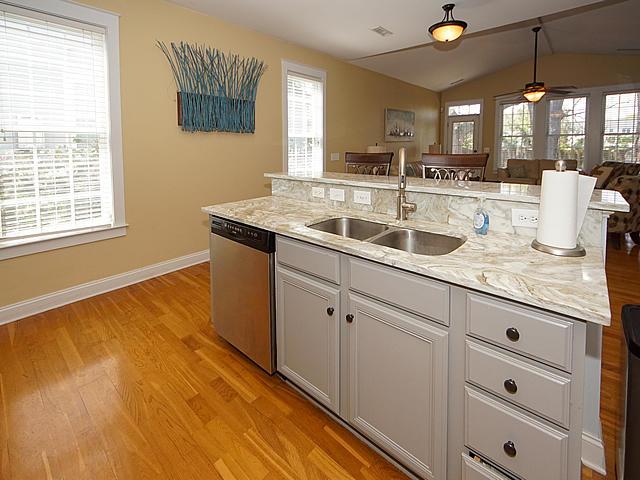 Eaglewood Retreat Homes For Sale - 1105 Eaglewood, Charleston, SC - 12