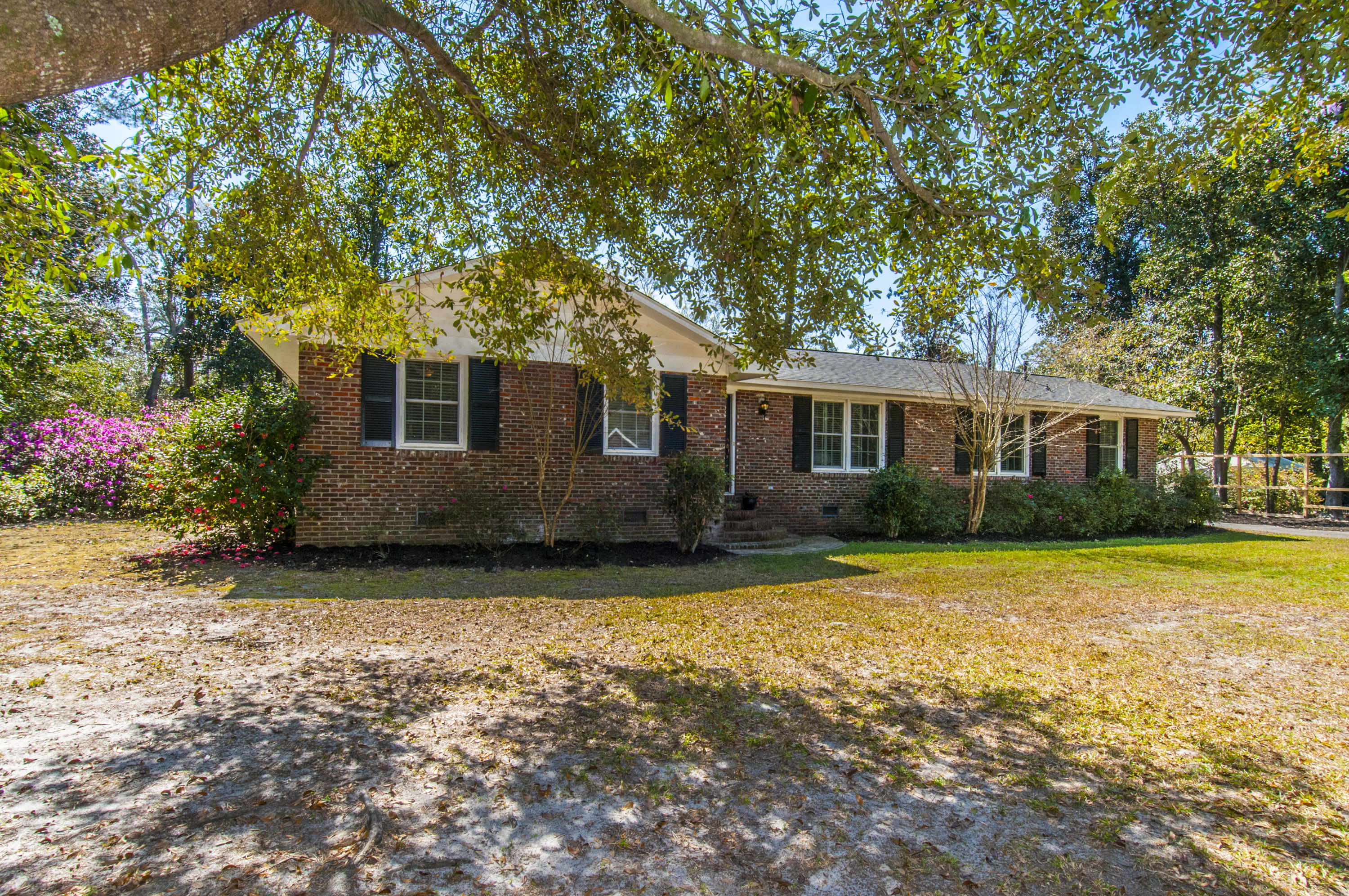 104 Spring Road Summerville, SC 29483