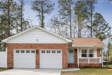 302 Hutson Drive Summerville, SC 29483