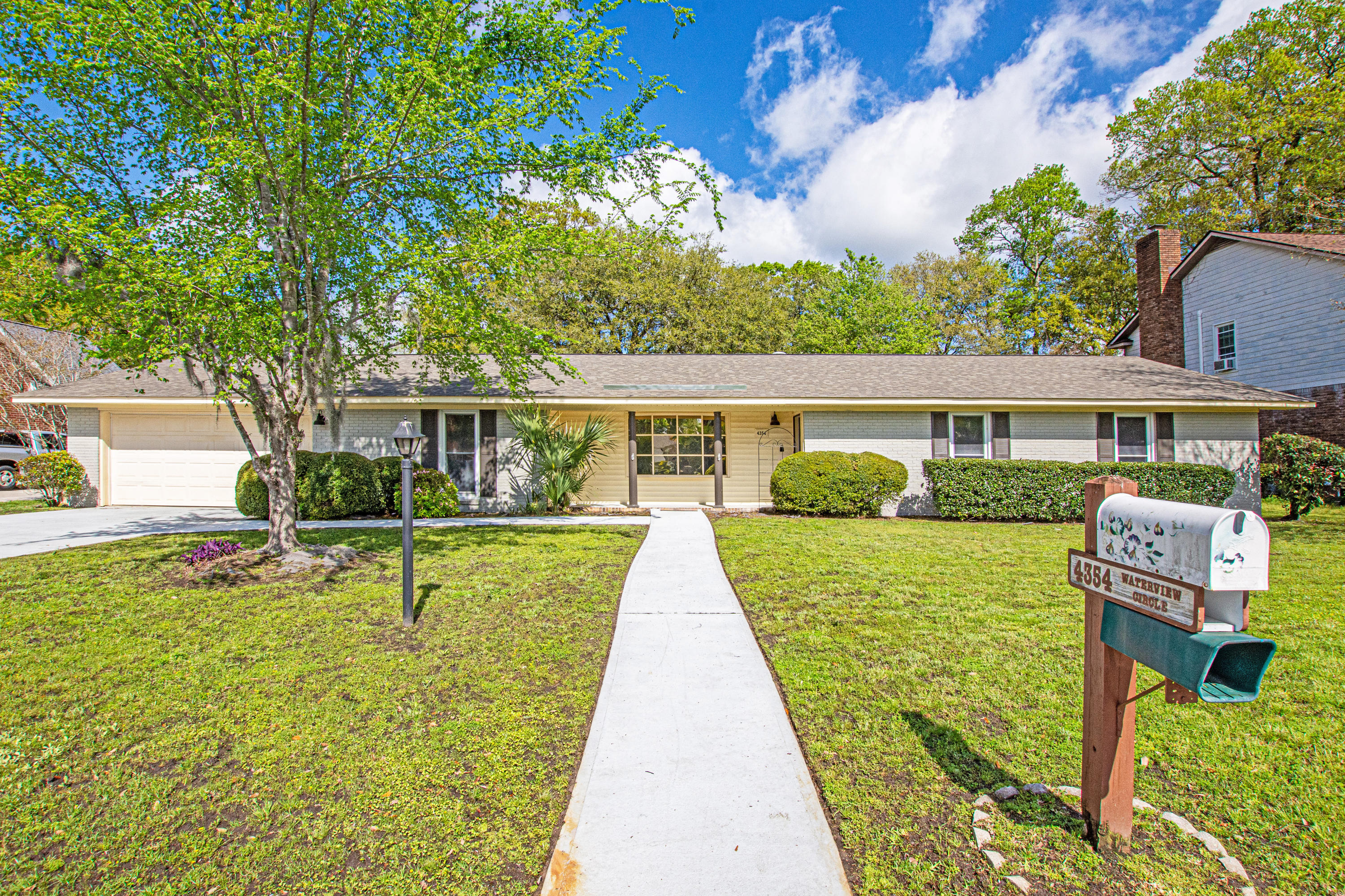 4354 Waterview Circle North Charleston, SC 29418