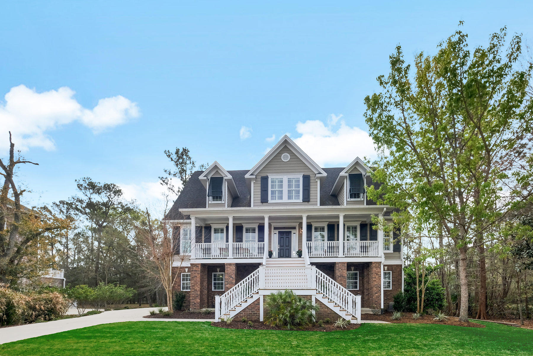 1860 W Canning Drive Mount Pleasant, SC 29466