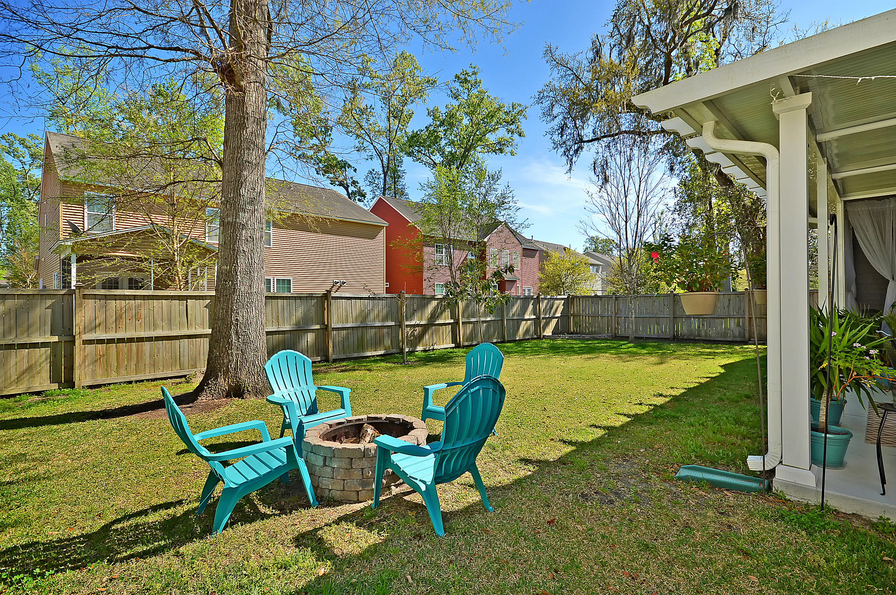 5437 Rising Tide Charleston, SC 29420