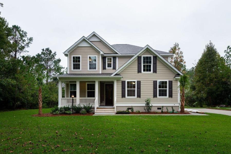 656 Yellow Leaf Lane Summerville, SC 29486