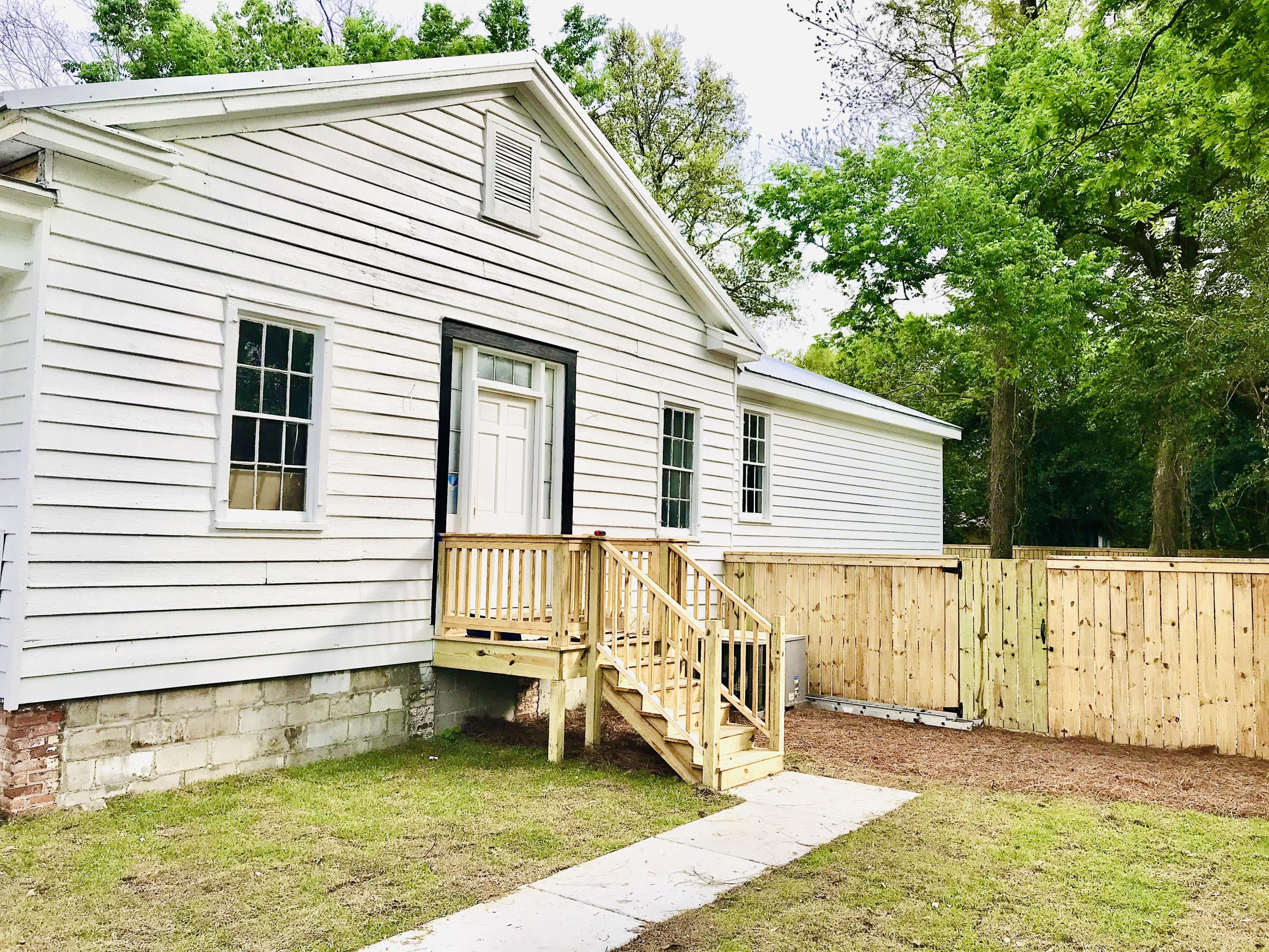802 W 2nd North Street Summerville, SC 29483