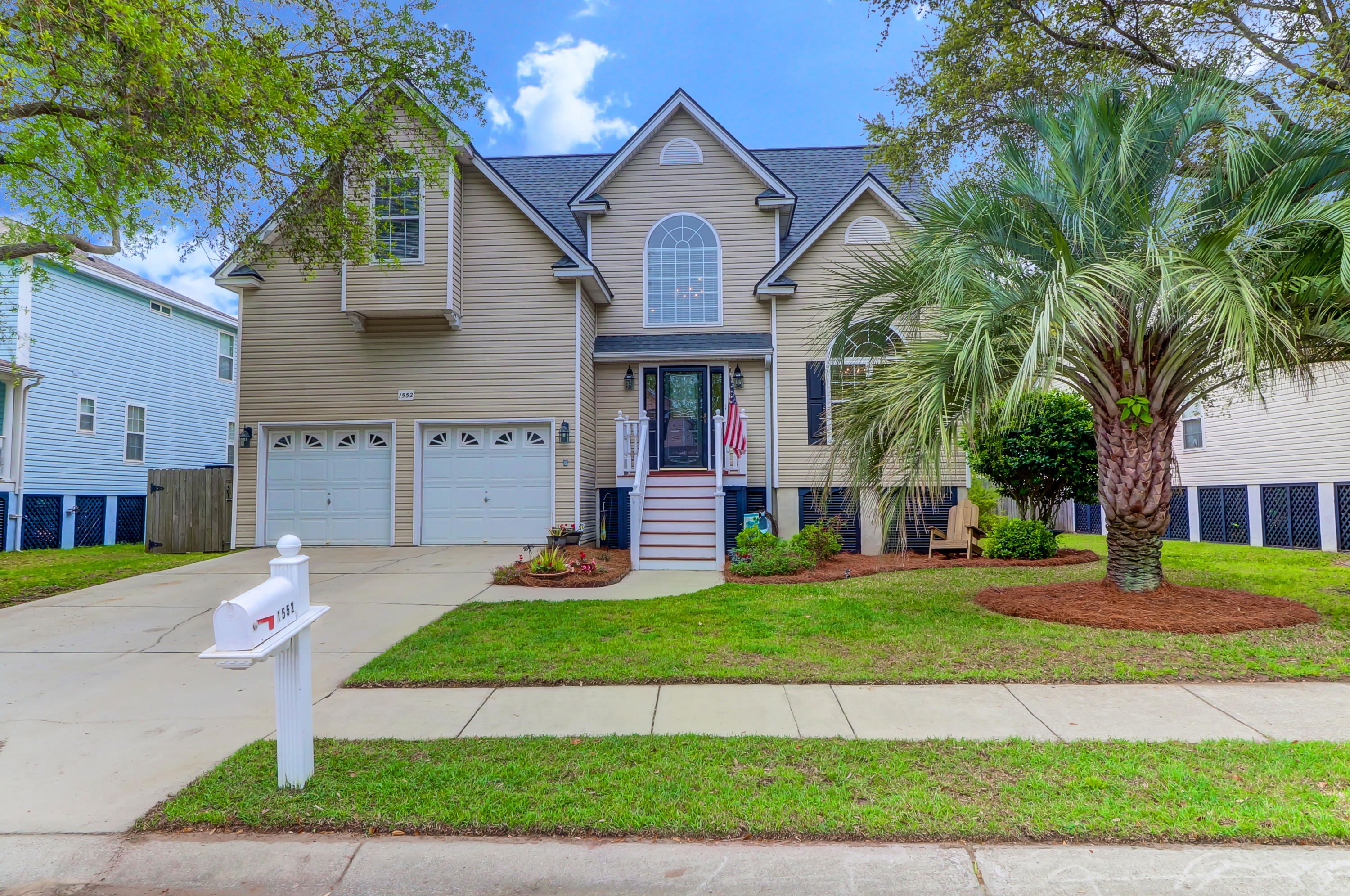 1552 Ocean Neighbors Boulevard Charleston, Sc 29412