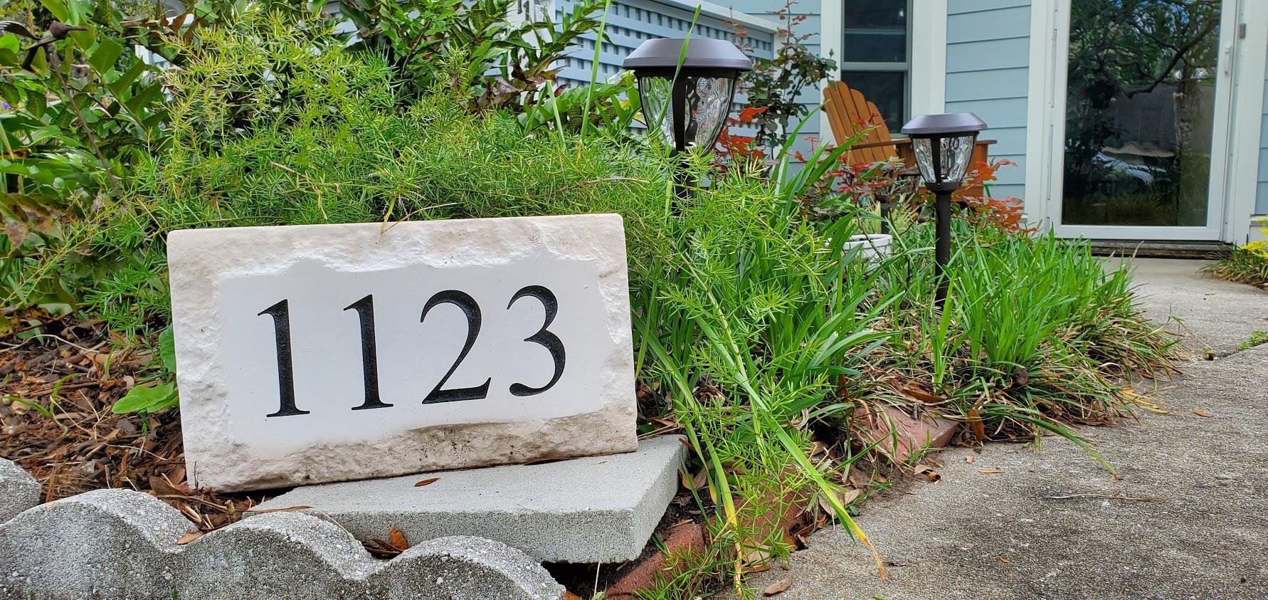 Snee Farm Homes For Sale - 1123 Honeysuckle, Mount Pleasant, SC - 7