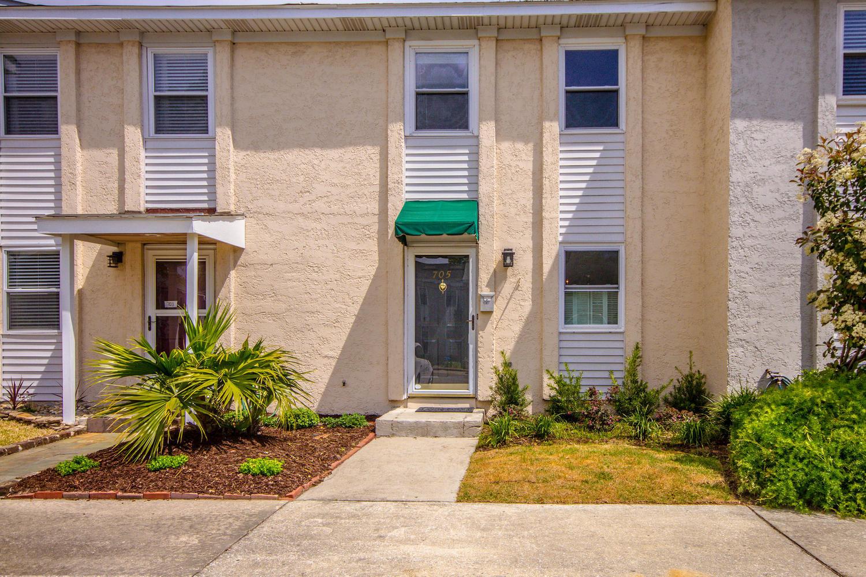 705 Davenport Drive Mount Pleasant, SC 29464