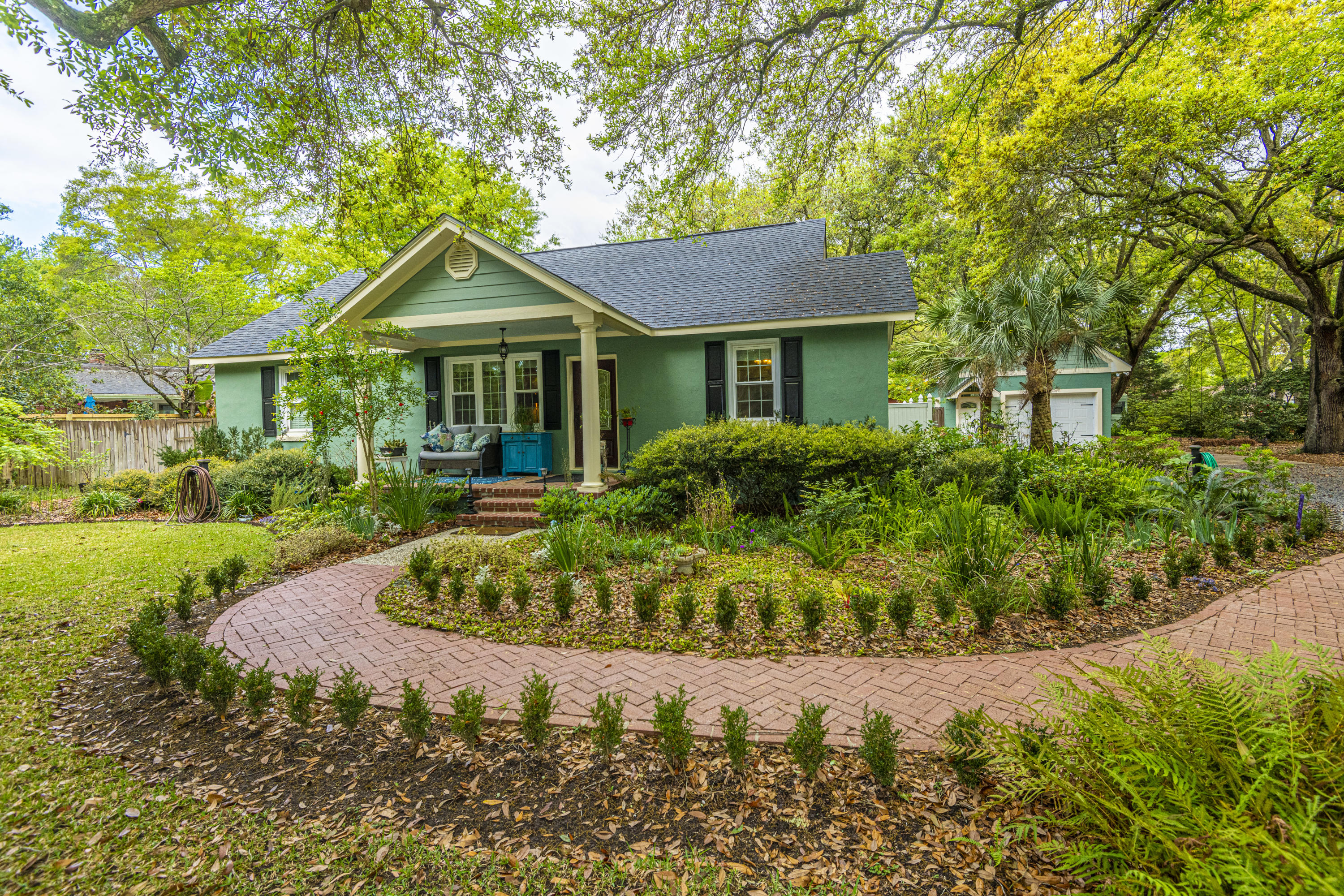 1647 Carterett Avenue Charleston, Sc 29407