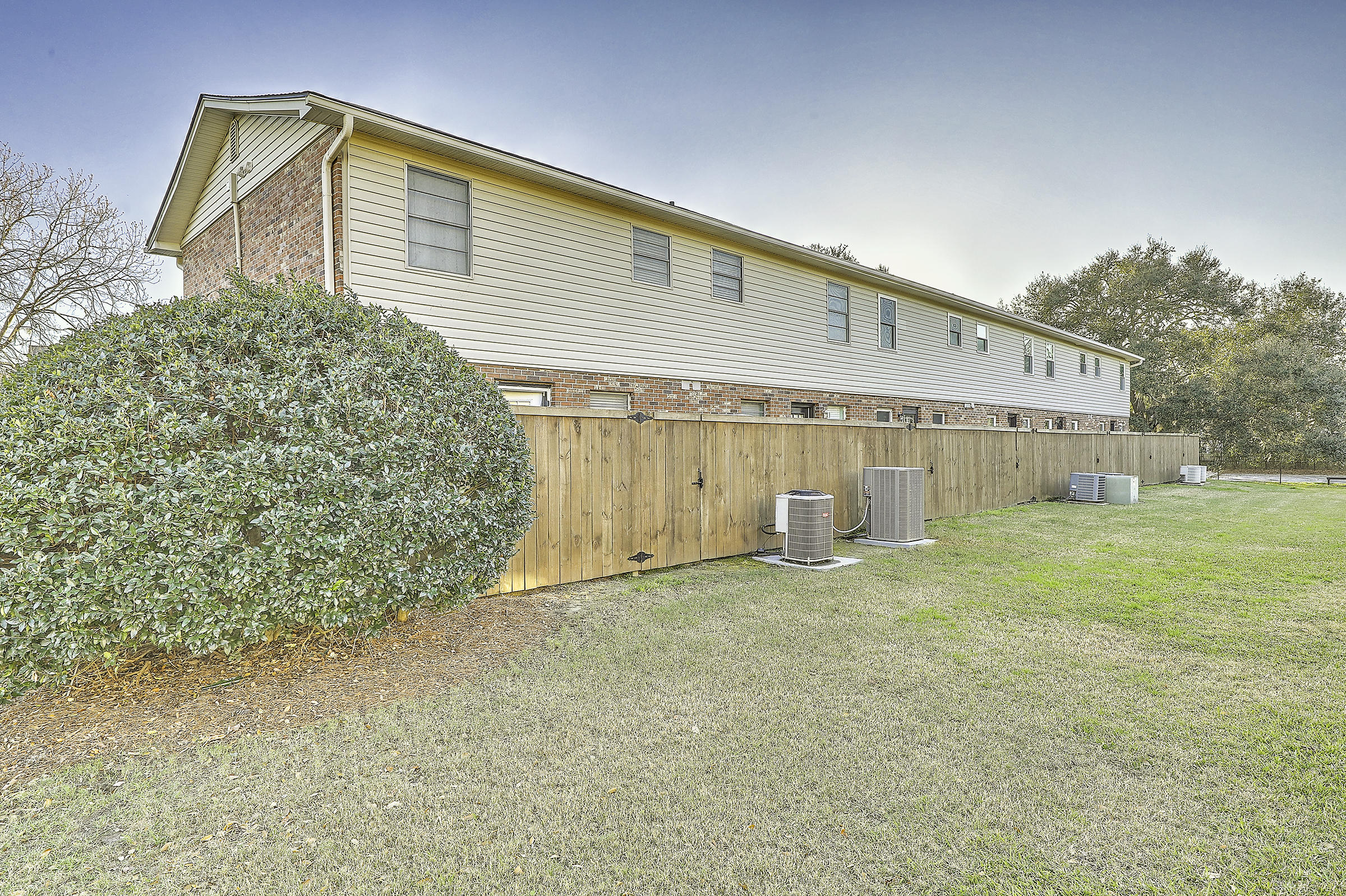 415 Parkdale Drive UNIT 13 F Charleston, Sc 29414