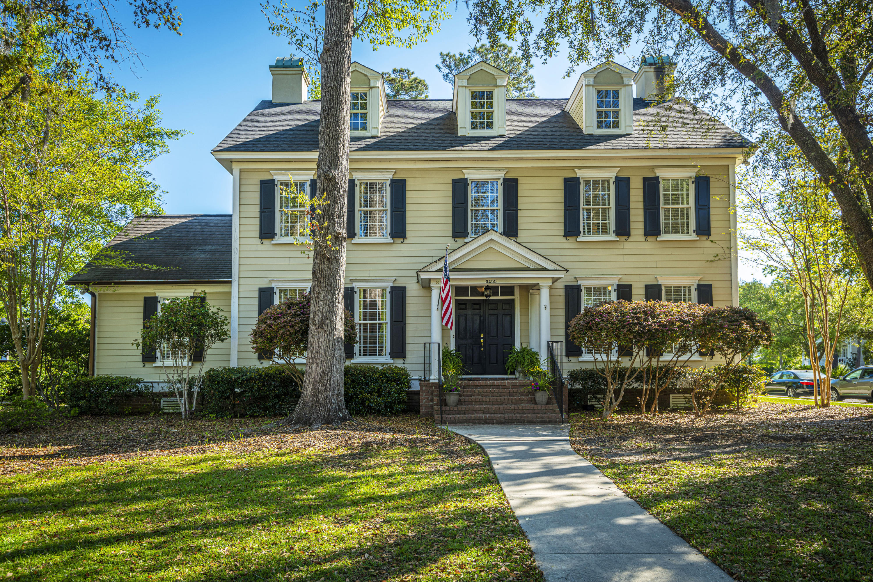 3455 Henrietta Hartford Road Mount Pleasant, SC 29466