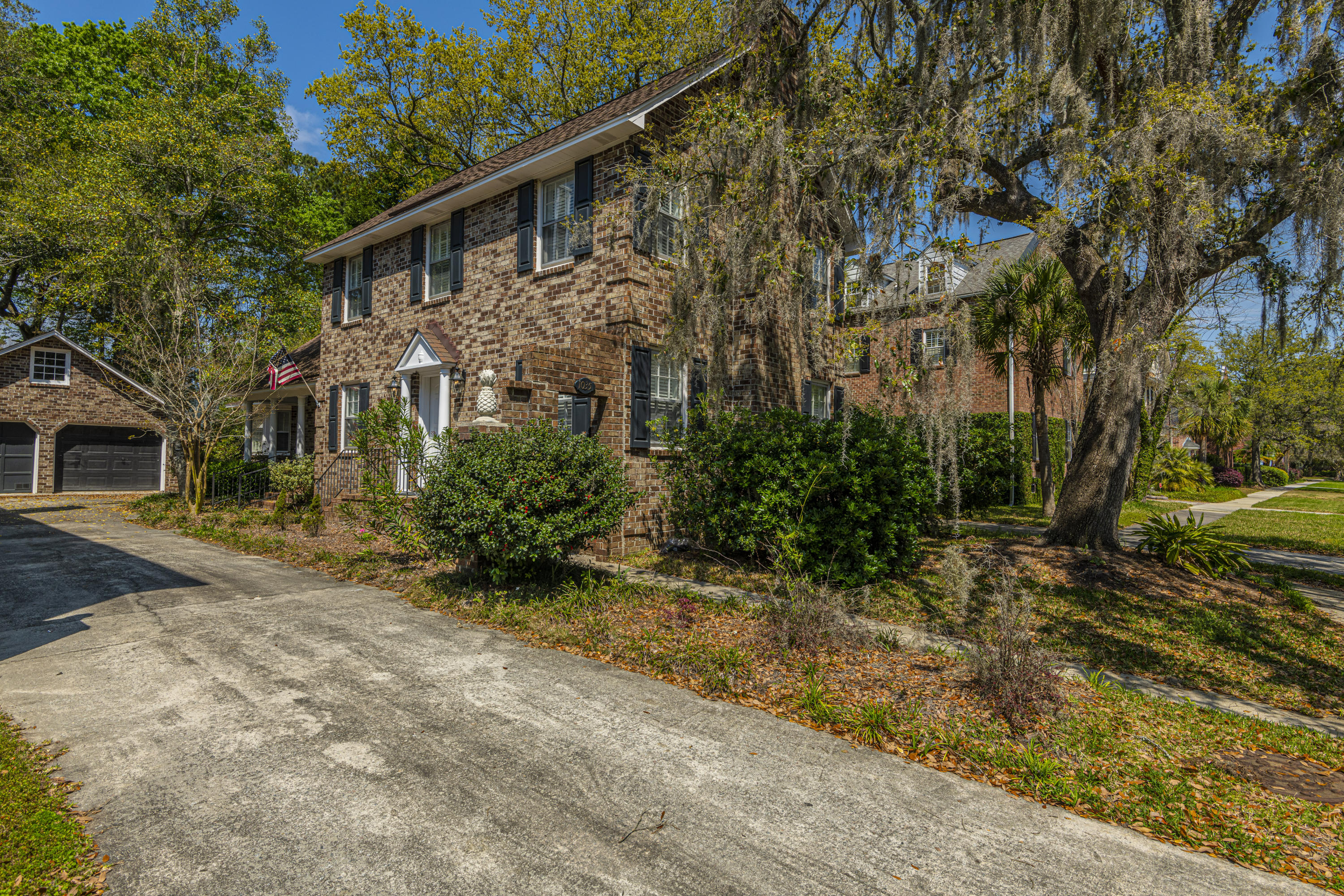 1035 Loyalist Lane Mount Pleasant, SC 29464