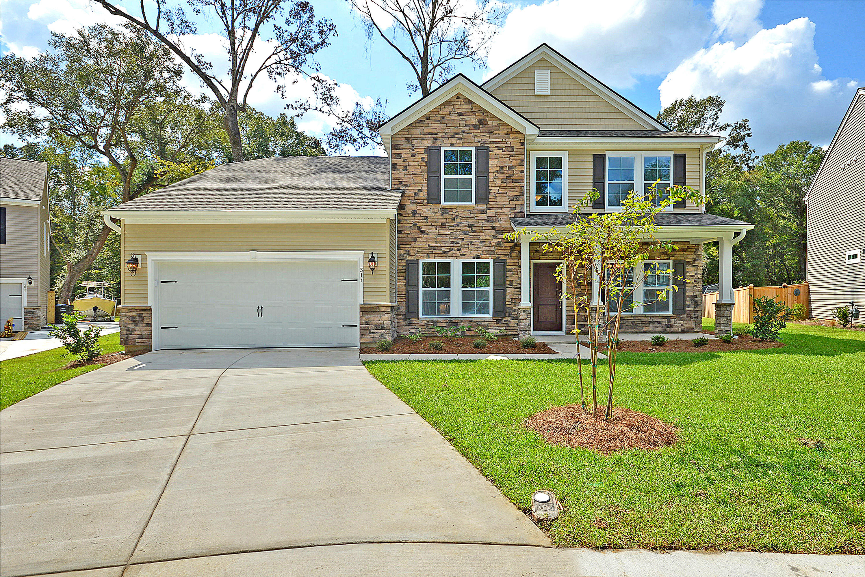 449 Richfield Way Summerville, SC 29486