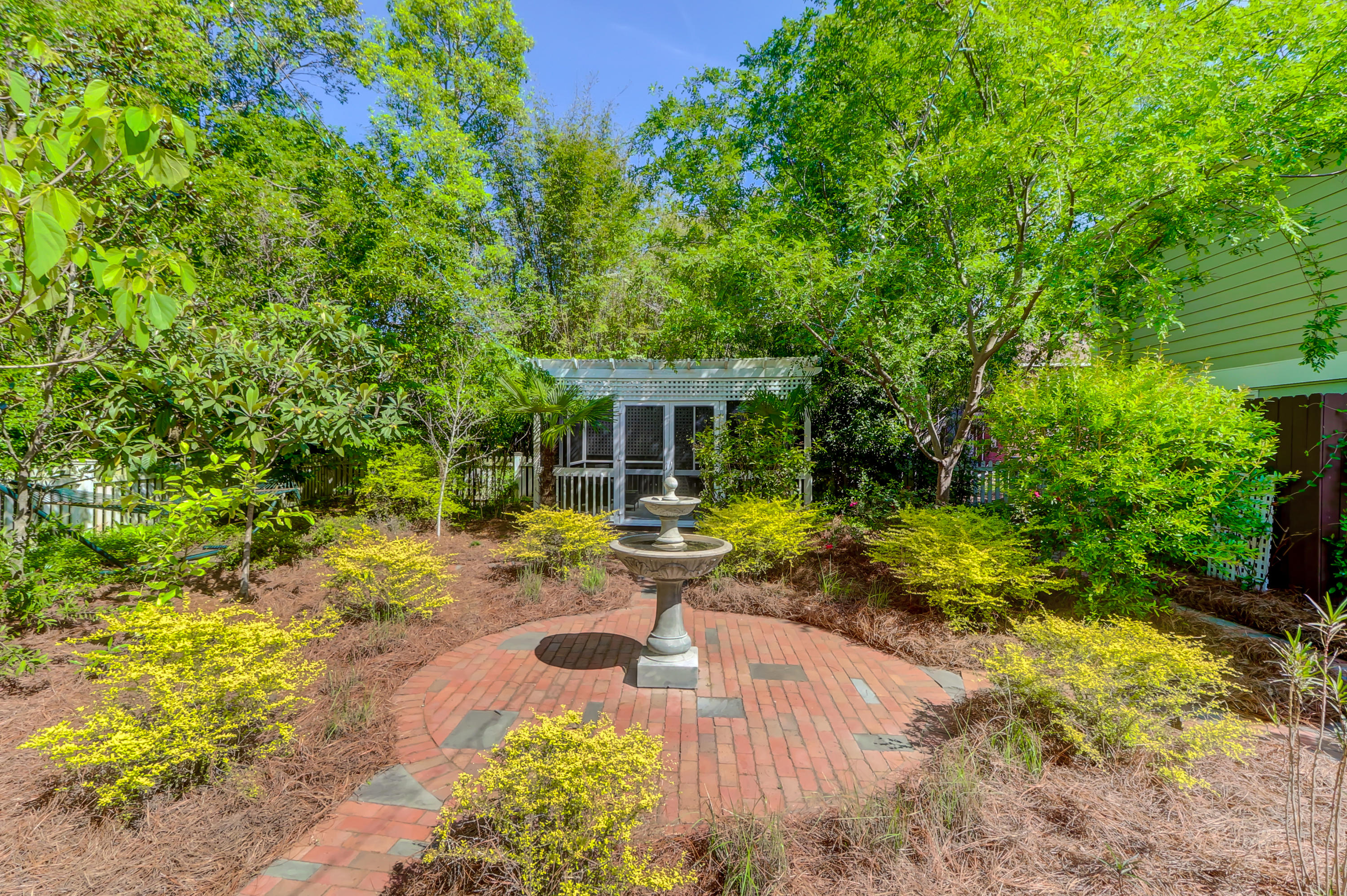 Riverland Terrace Homes For Sale - 2142 Wappoo, Charleston, SC - 27