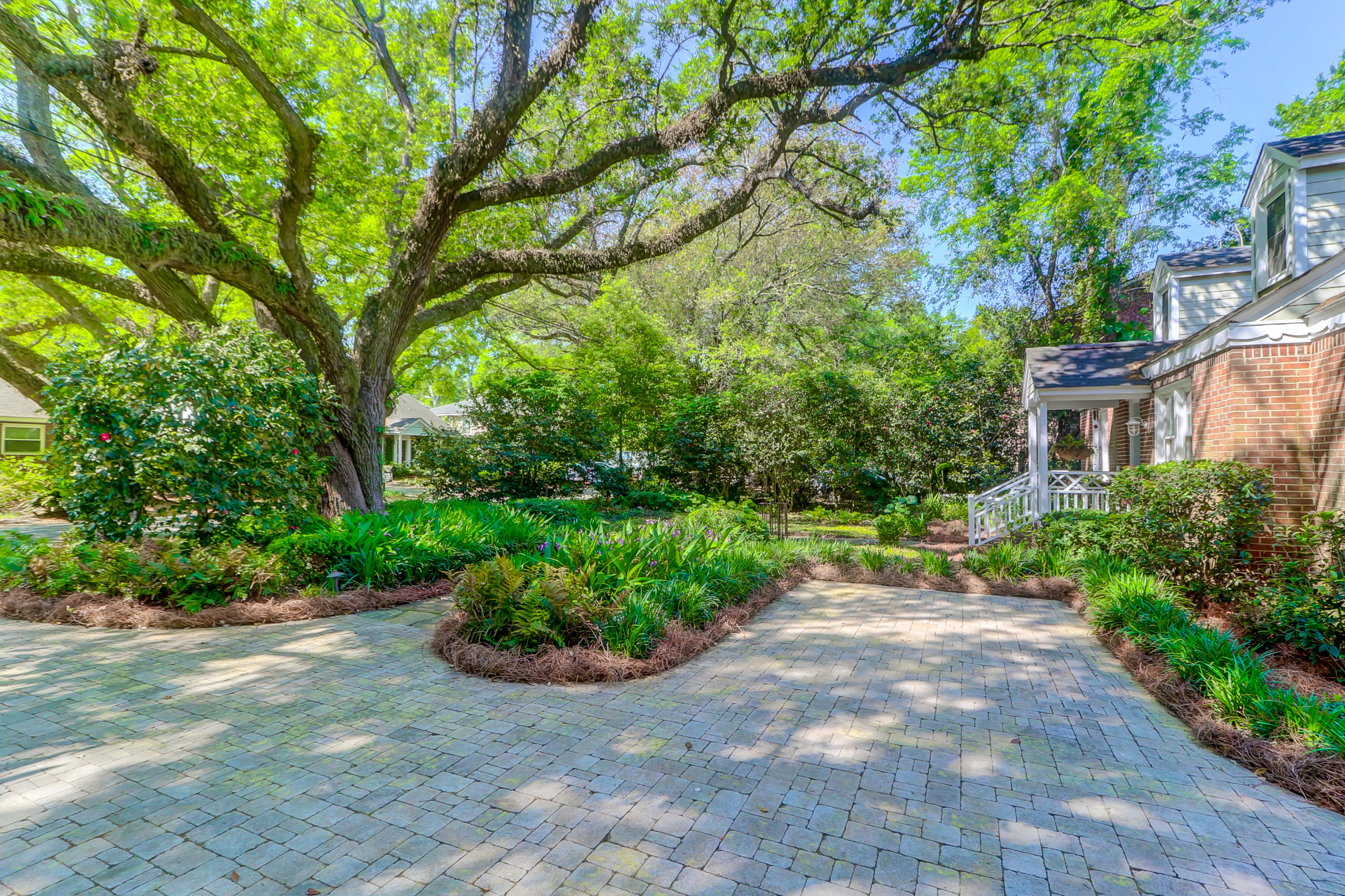 Riverland Terrace Homes For Sale - 2142 Wappoo, Charleston, SC - 12