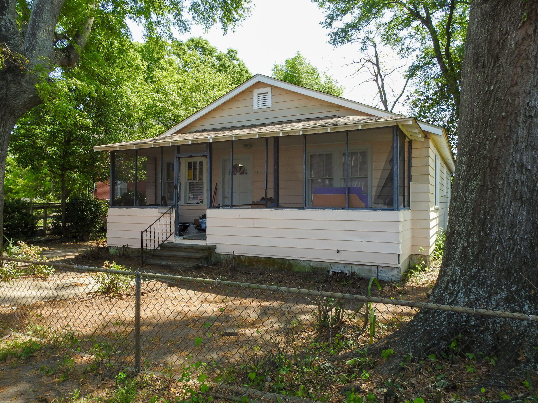 2005 Grayson Street North Charleston, SC 29405