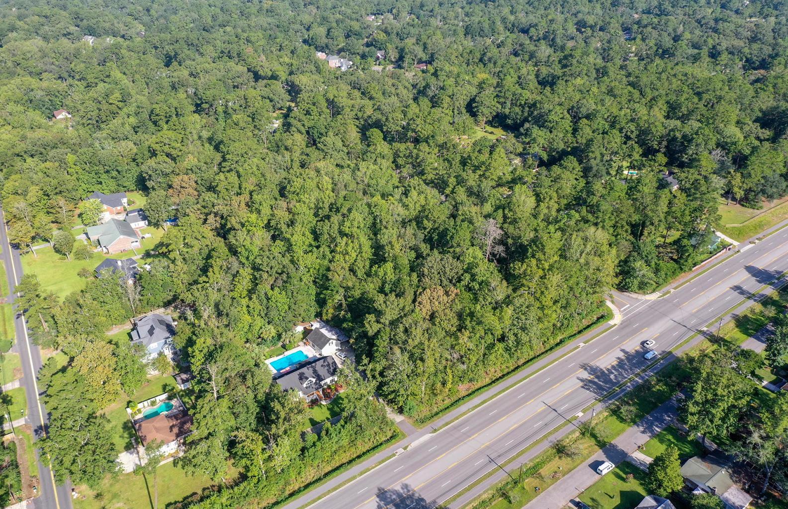 103 Woodland Drive Summerville, SC 29485