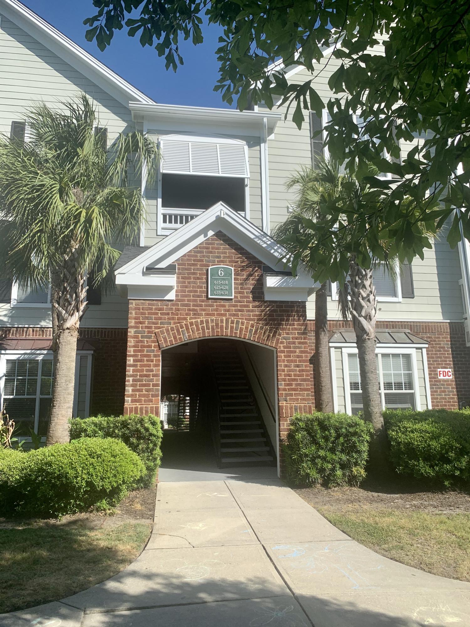 45 Sycamore Avenue UNIT 638 Charleston, SC 29407