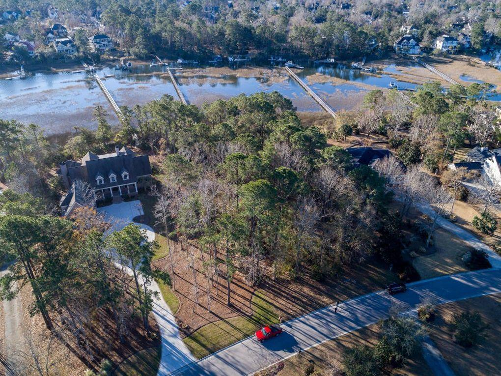 2081 Shell Ring Circle Mount Pleasant, SC 29466