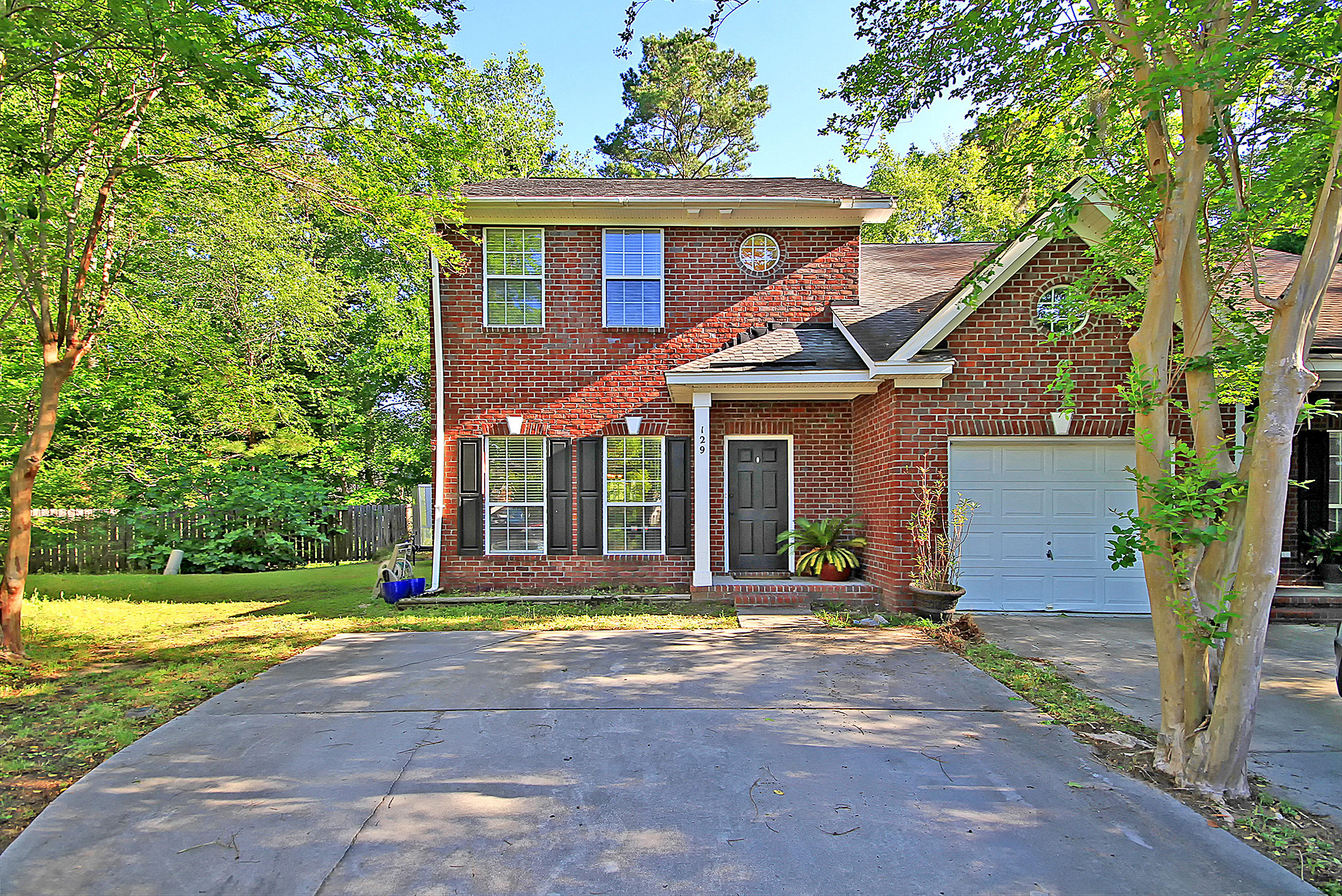 129 Walden Ridge Way Summerville, SC 29485