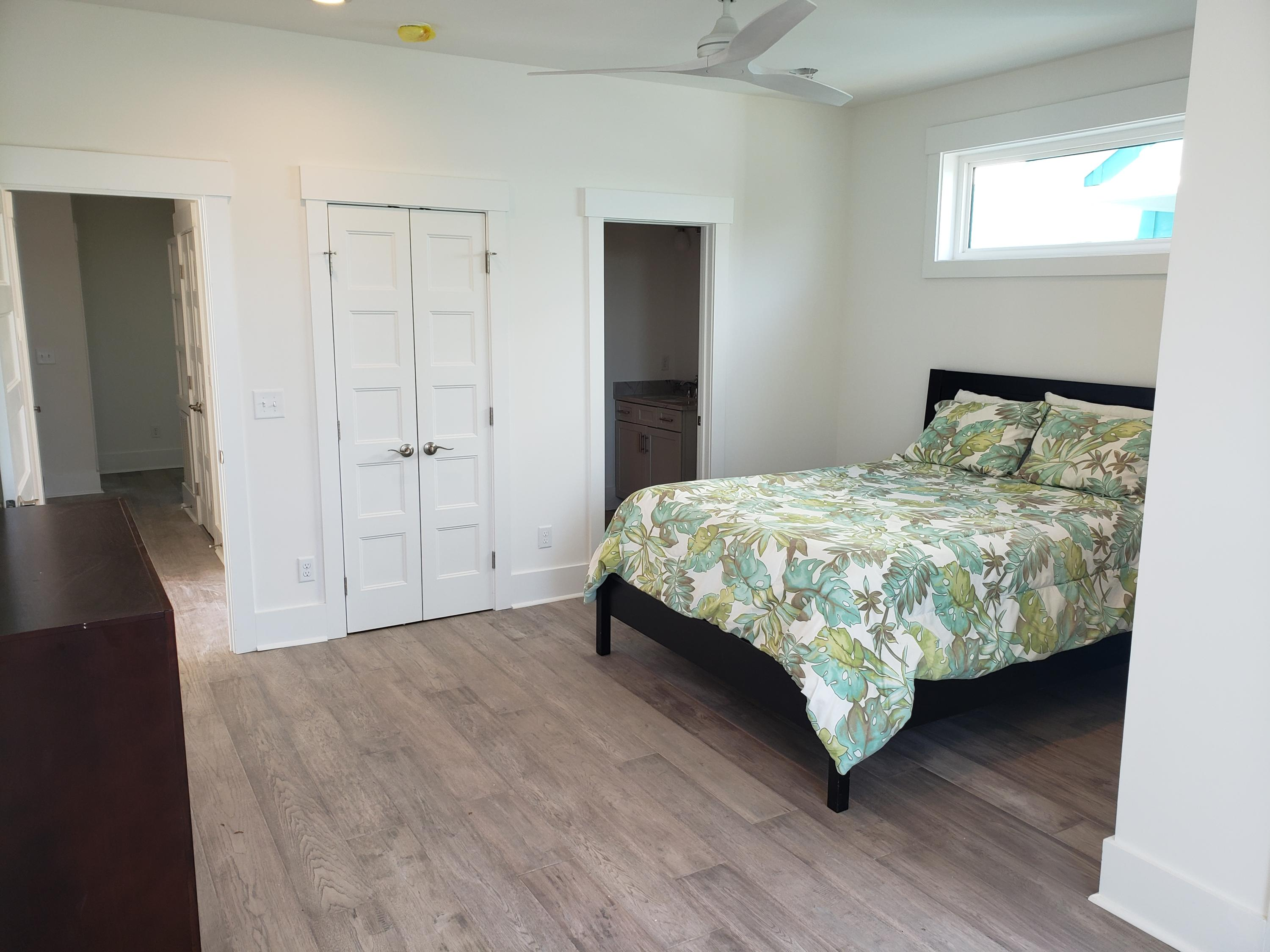 Mariners Cay Homes For Sale - 1004 Mariners Cay, Folly Beach, SC - 29