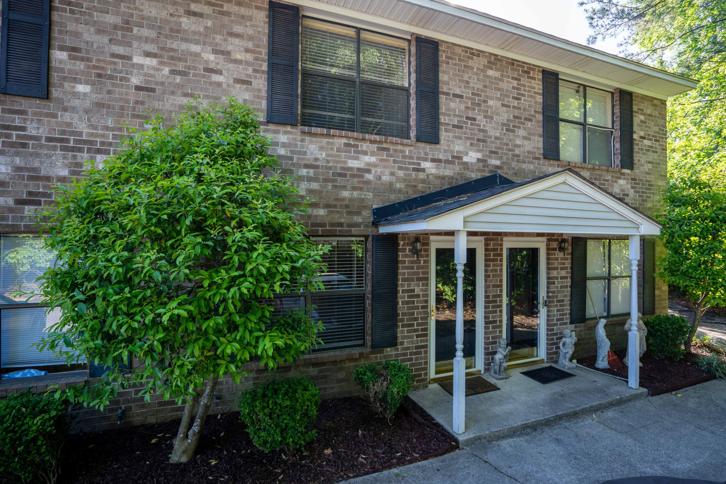6239 Lucille Drive UNIT 17-F North Charleston, SC 29406