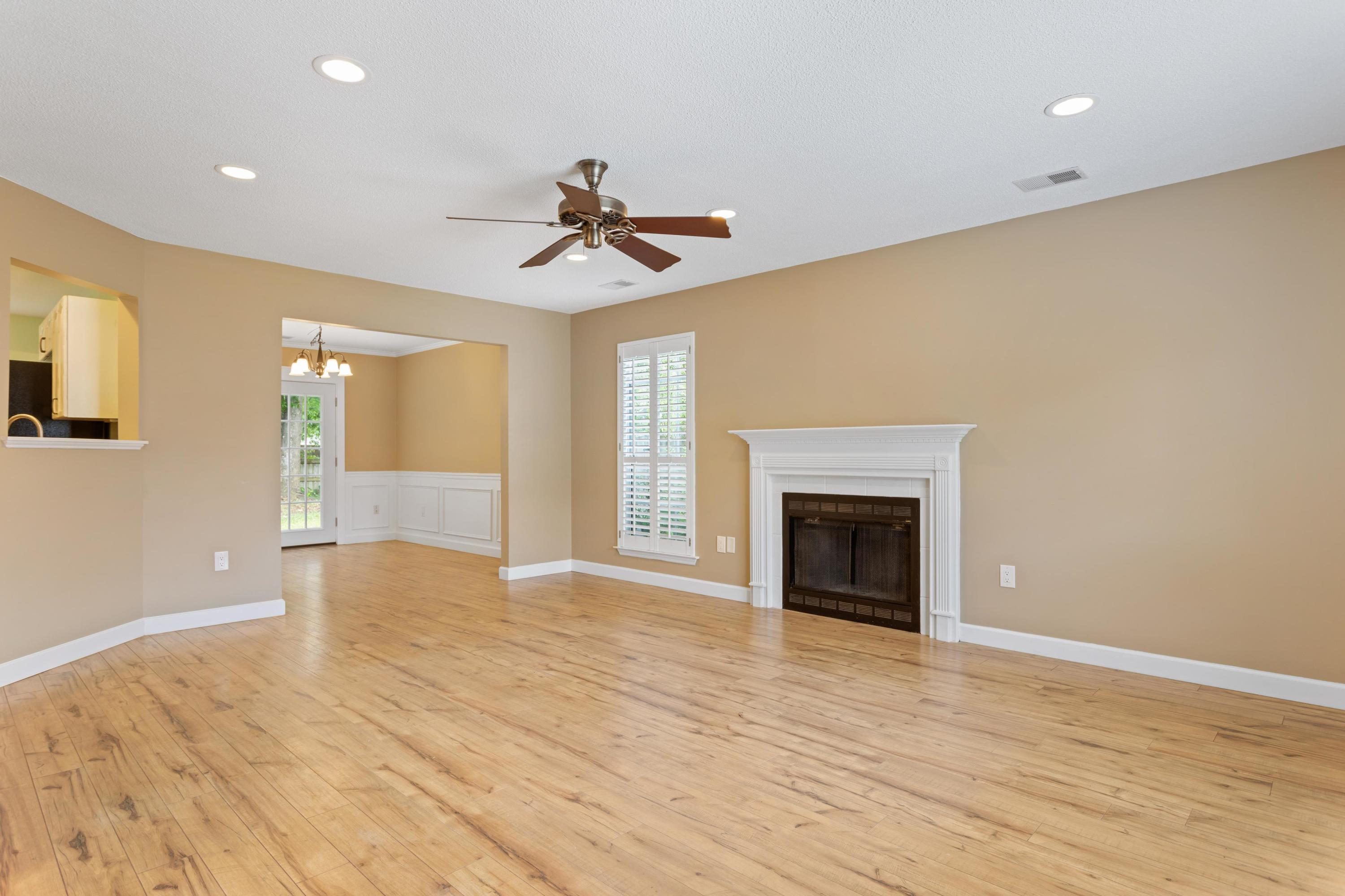 1454 Caldwell Court Mount Pleasant, SC 29466
