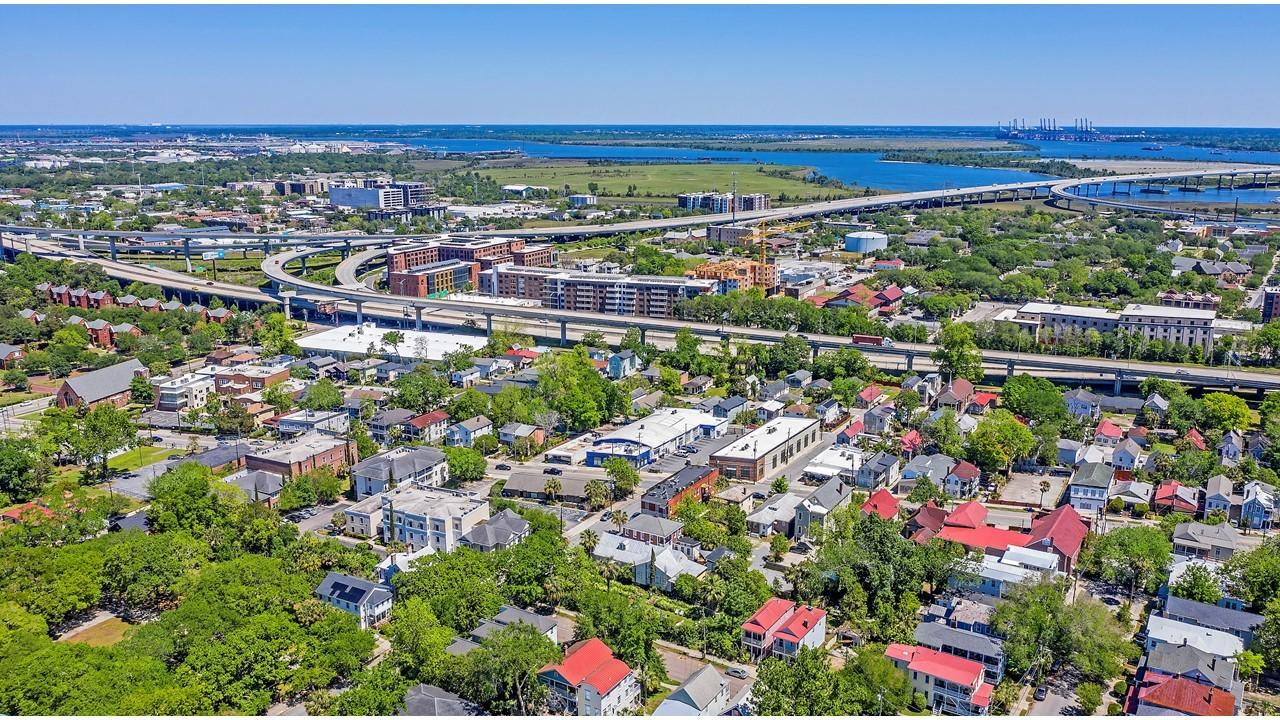 Downtown Homes For Sale - 1 Race, Charleston, SC - 38