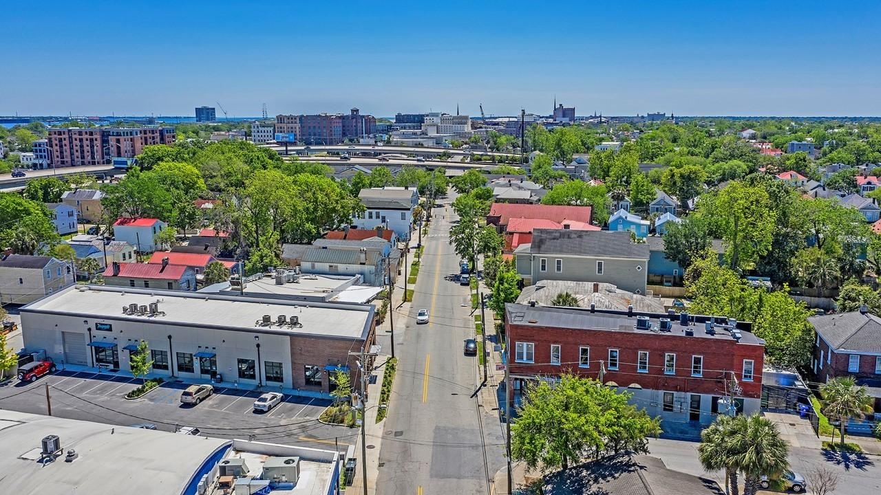 Downtown Homes For Sale - 1 Race, Charleston, SC - 9