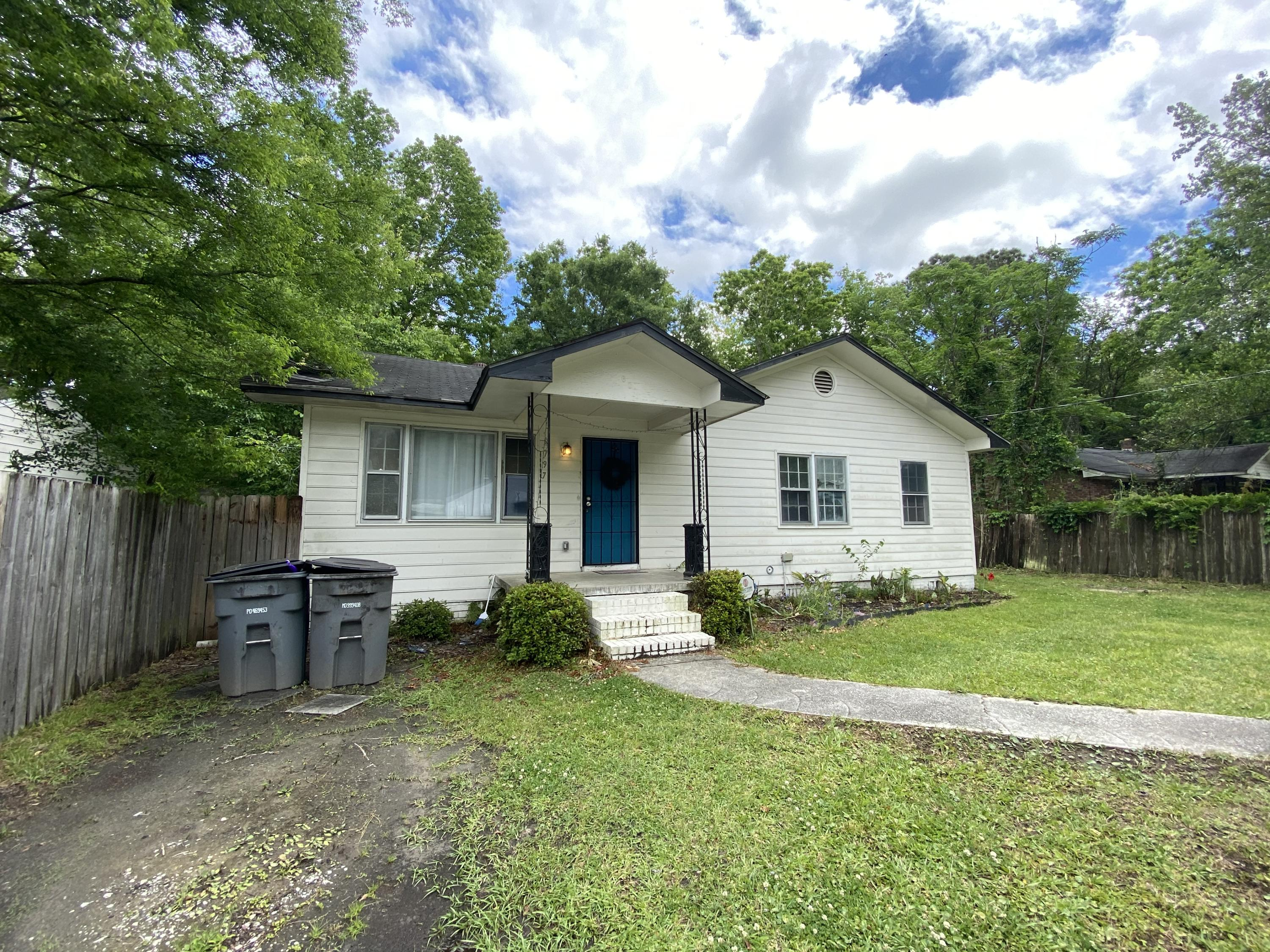 2797 Ranger Drive North Charleston, SC 29405