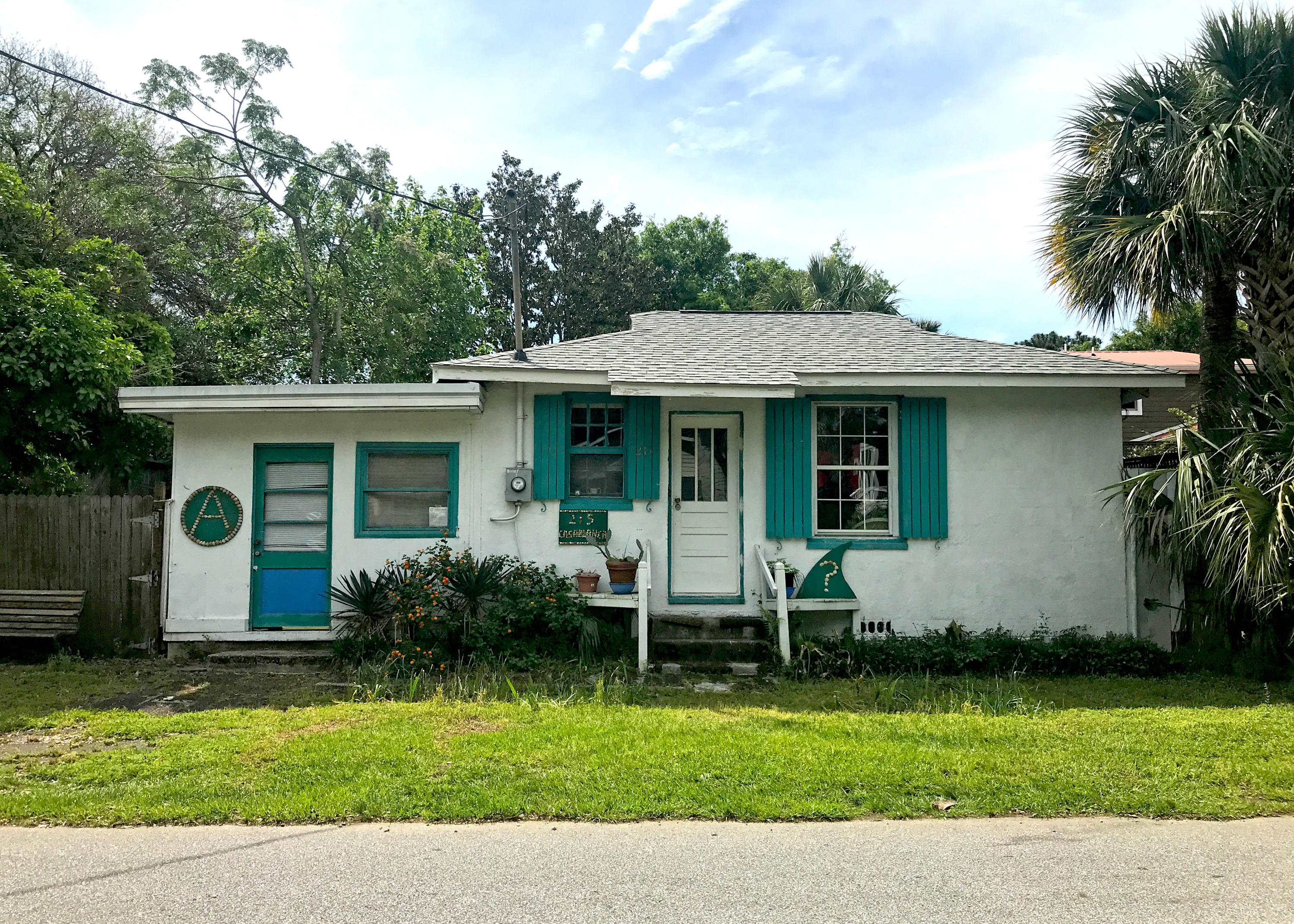 215 E Erie Avenue Folly Beach, SC 29439