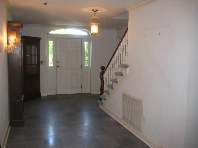 14 Fort Royal Avenue Charleston, SC 29407