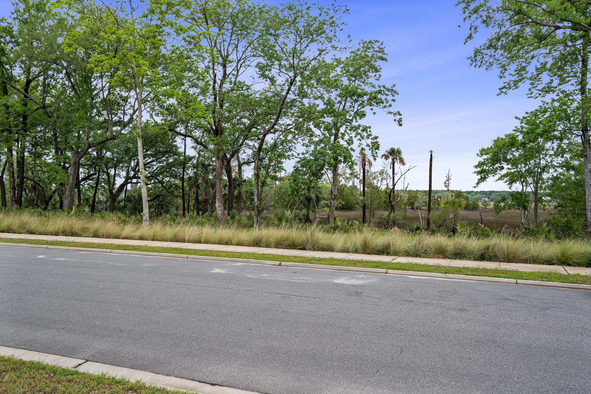 510 Lesesne Street Charleston, SC 29492