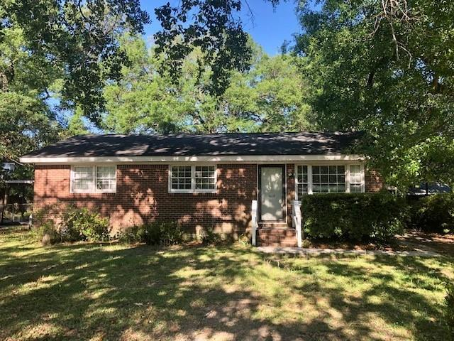 5617 Pryor Street North Charleston, SC 29406