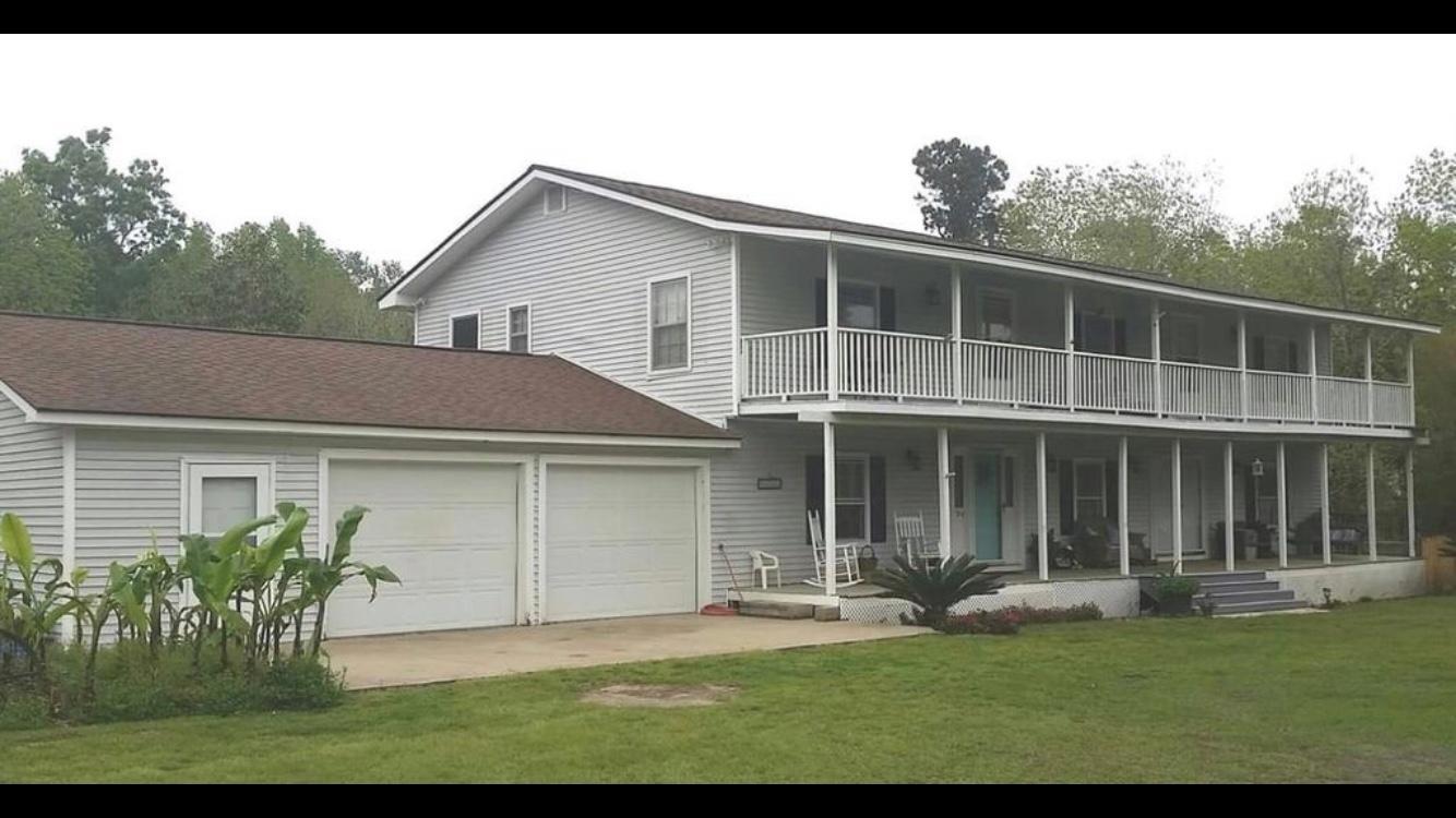 1356 Edgewater Road Pineville, SC 29468
