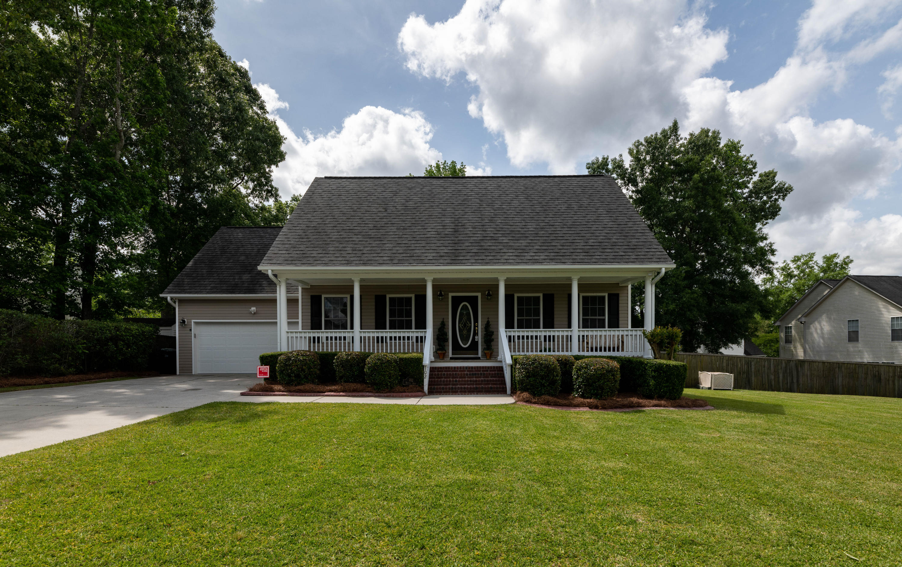 102 Bristol Lane Goose Creek, Sc 29445